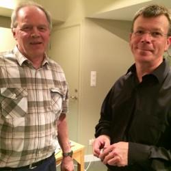 Örjan Pekka (till höger) med utvandrad tornedaling.
